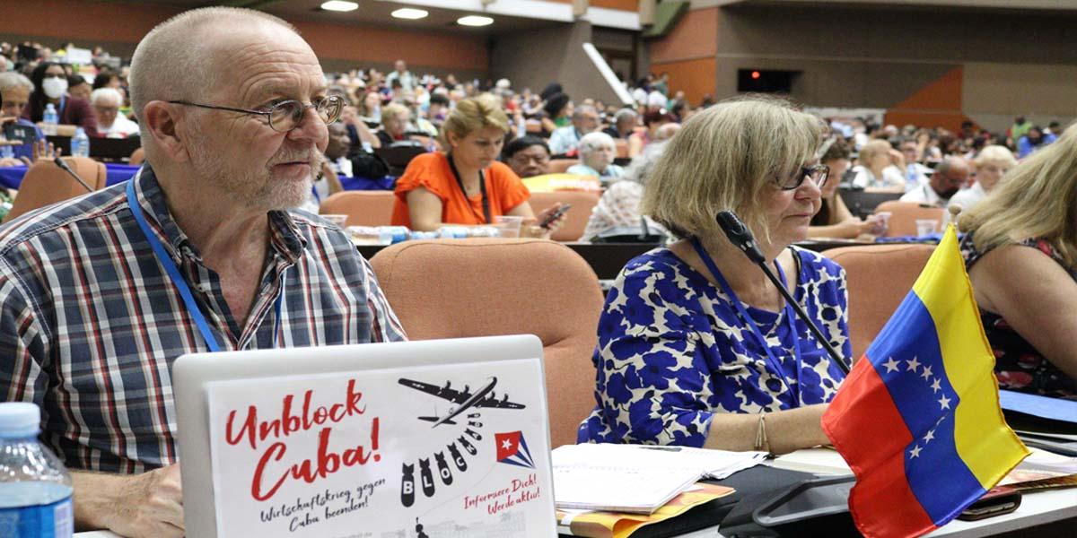 Delegados internacionales debaten sobre las luchas y articulación del pueblo latinoamericano en Cuba