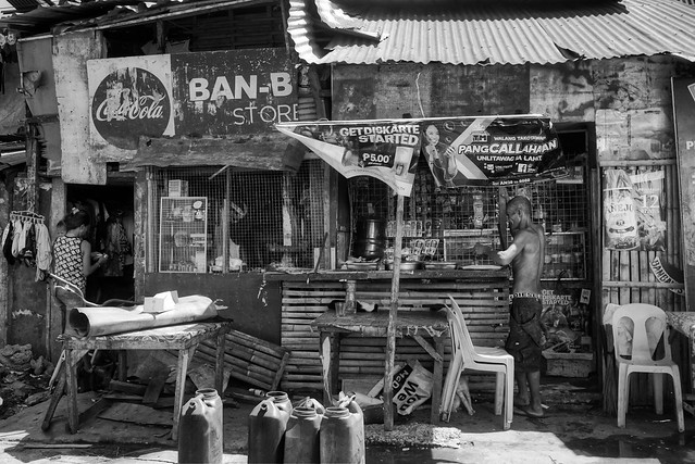 Ban-B Store and Restaurant