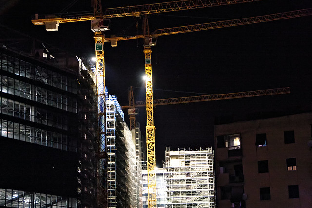 cantiere palazzo bnl di sera