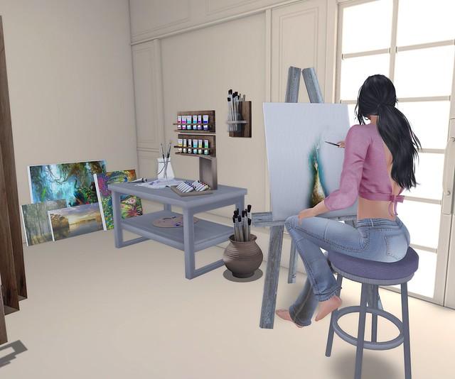 Luna Rose - Artist at Work