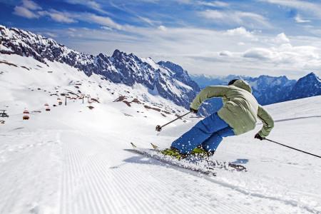 Vyhlášení vítěze soutěže Poznej a vyhraj: lyžování pod střechou Německa