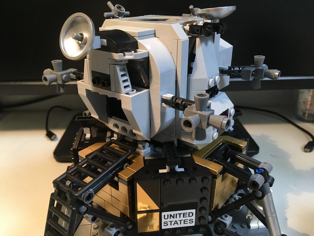 レゴ クリエイターエキスパート NASA アポロ11号 月着陸船