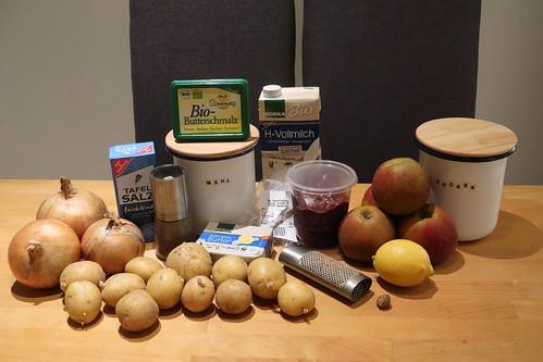 Zutaten für Rinderleber mit Apfelkompott, geschmorten Zwiebeln und Kartoffelstampf