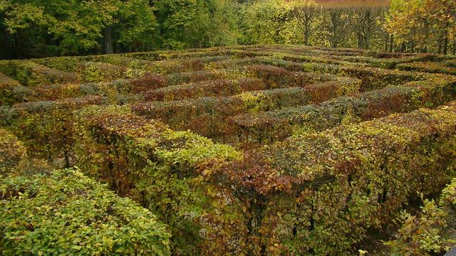 Autumn labyrinth Castle Auvers sur Oise France