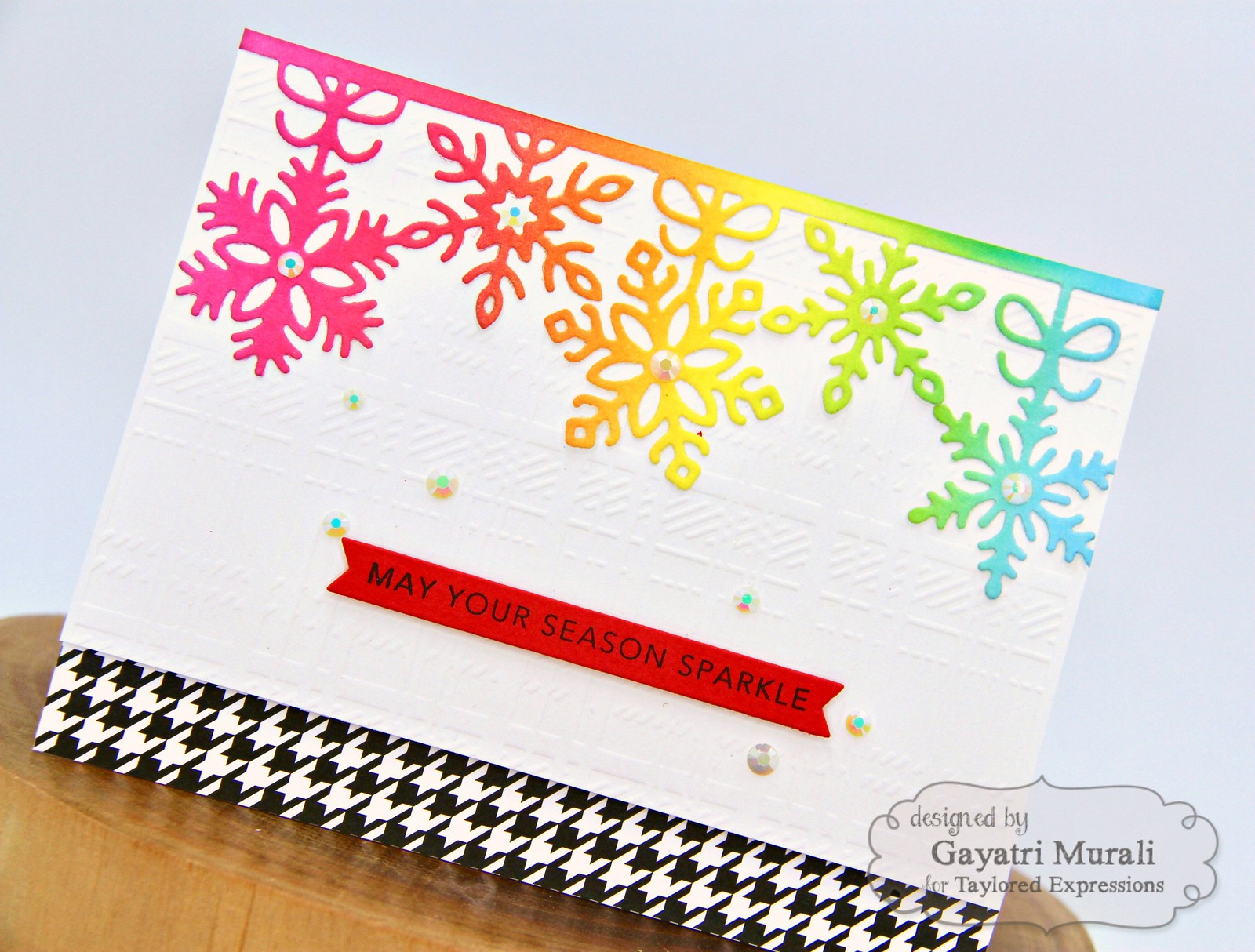 TE Rainbow Christmas card #1 closeup1