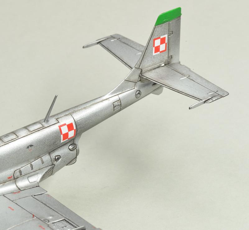 "Arma Hobby 1/72 FZL TS-11 ""Iskra"" 49006506918_e975e6b4b5_c"