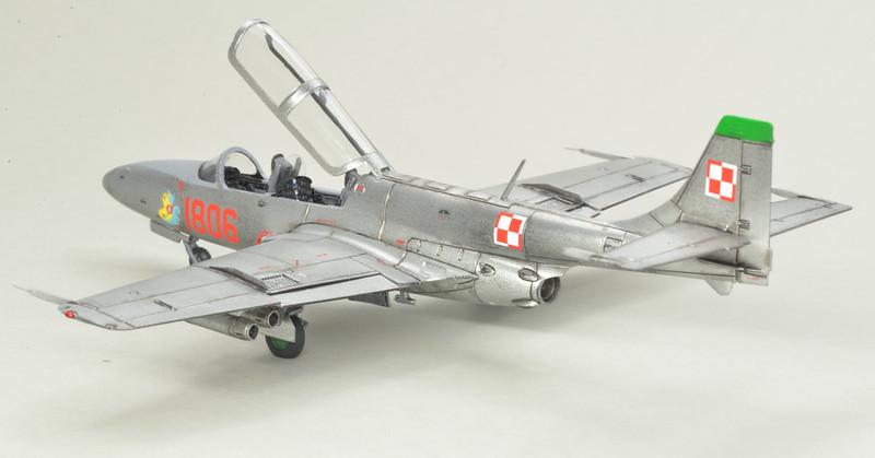 """Arma Hobby 1/72 FZL TS-11 """"Iskra"""" 49006507968_6cdc0cc953_c"""
