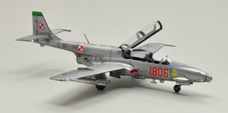 "Arma Hobby 1/72 FZL TS-11 ""Iskra"" 49007257462_d3a893deb6_c"