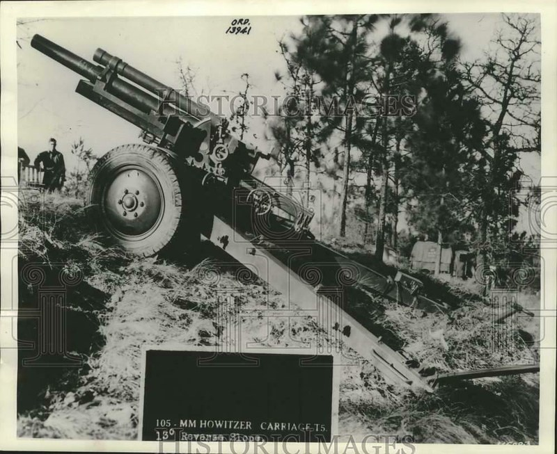105mm-howitzer-on-carriage-T5-19400521-hi-1