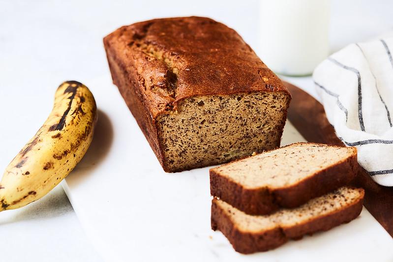 Low Carb Banana Bread {paleo, keto, gluten-free, dairy-free}