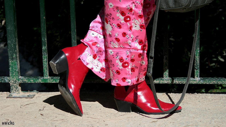 Botines rojos punta de mujer Zara