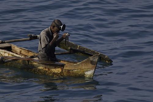 comores métier océanindien pirogue pêcheur pieuvre
