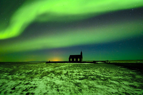 s 20192610_Budir Black Church Aurora_DSC_1277