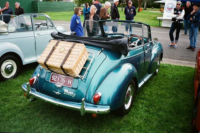 Morris Minor convertible - Betty (photo 3)