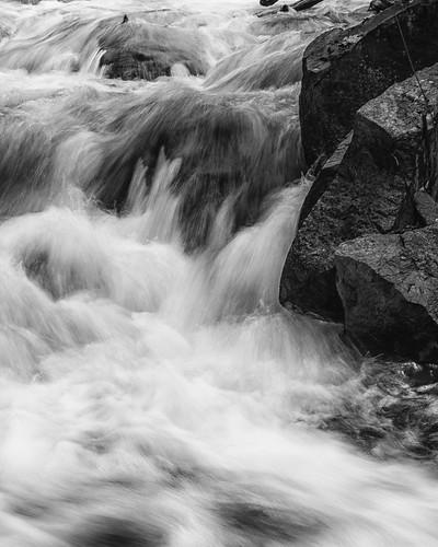 ontario ottawa waterfall rapids river landscape water bw monochrome contrast rocks