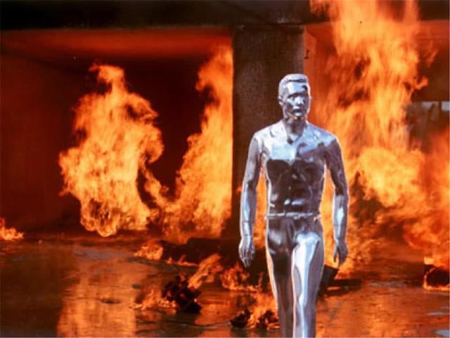 有一天詹姆斯·卡麥隆 James Cameron 做了一個世界末日的惡夢