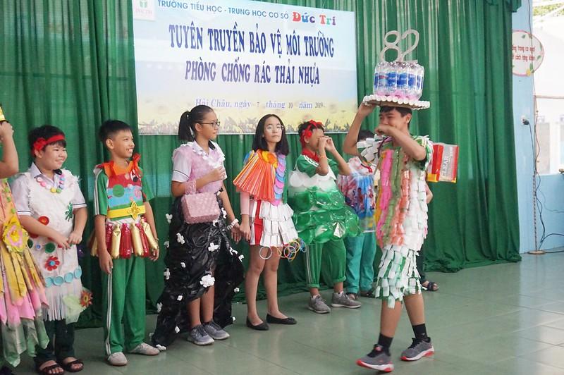 rac thai nhua (1)