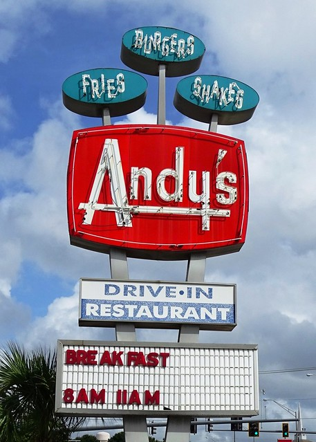 FL, Winter Haven-FL 17 Andy's Drive-In Neon Sign