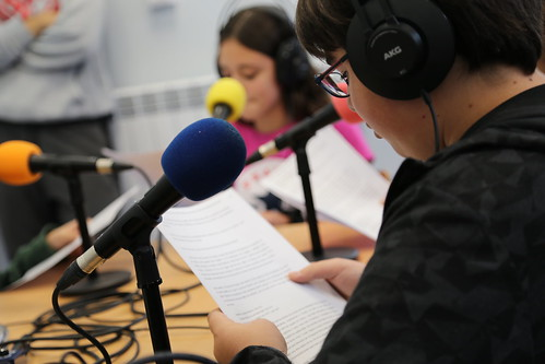 Taller d'iniciació a la ràdio a l'INS Vilamajor