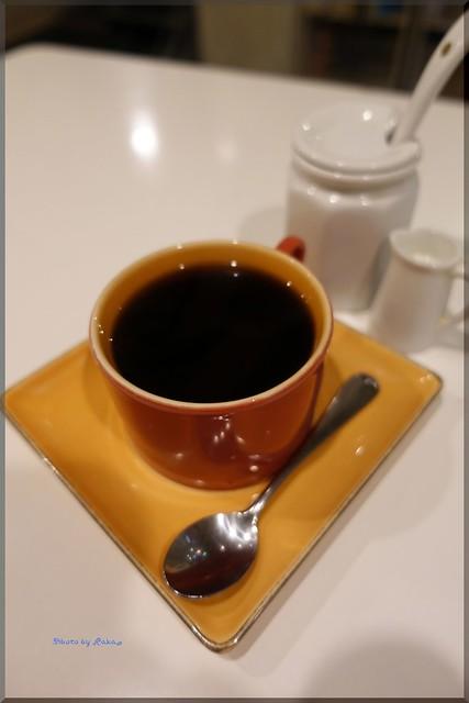 Photo:2019-11-01_T@ka.の食べ飲み歩きメモ(ブログ版)_ 駅近のギャラリーカフェで懐かしオムライス【白楽】doudou_01 By:Taka Logbook