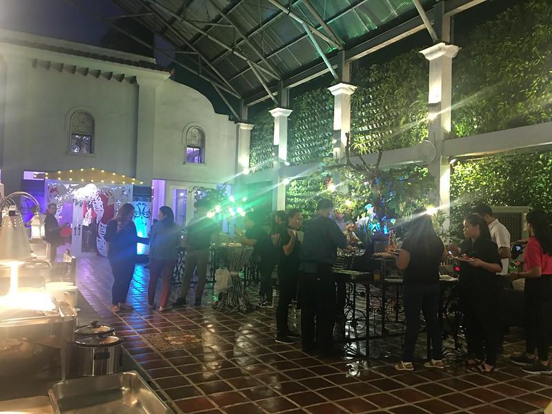 Plaza Ibarra, Timog