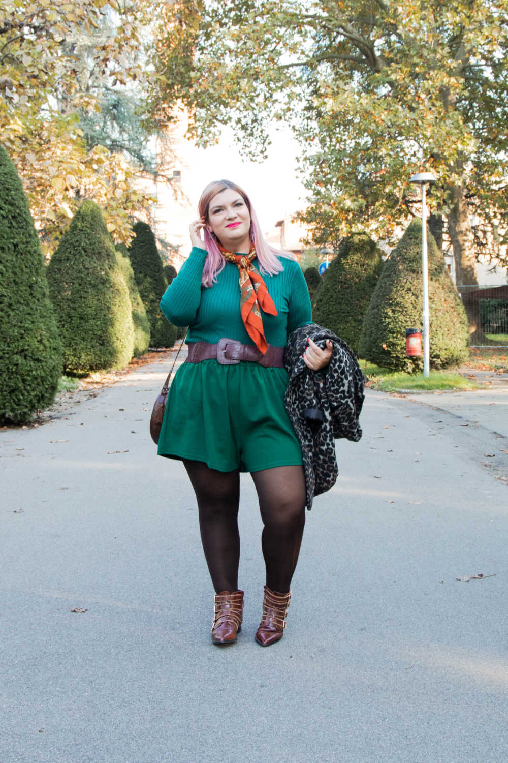 Outfit curvy personal size, pantaloncini come indossarli d'inverno (3)