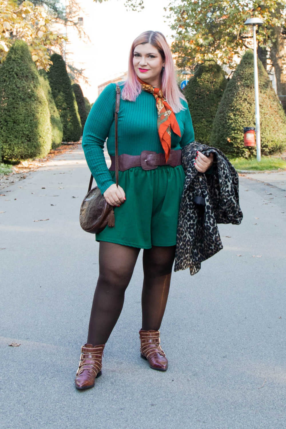 Outfit curvy personal size, pantaloncini come indossarli d'inverno (2)
