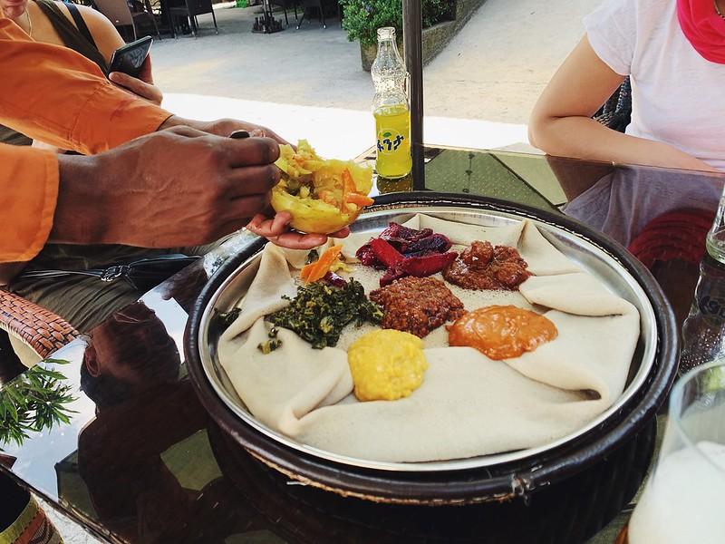Addis Abeba etiopialainen ruoka