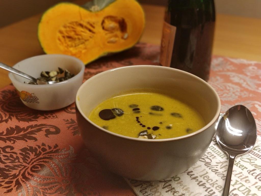 Kürbis-Gewürz-Suppe