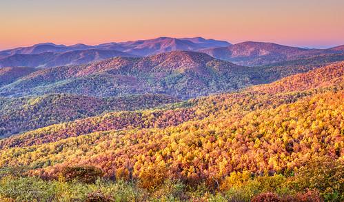 shenandoah virginia autumn fall landscape landscapemountain mountains sunrise trees