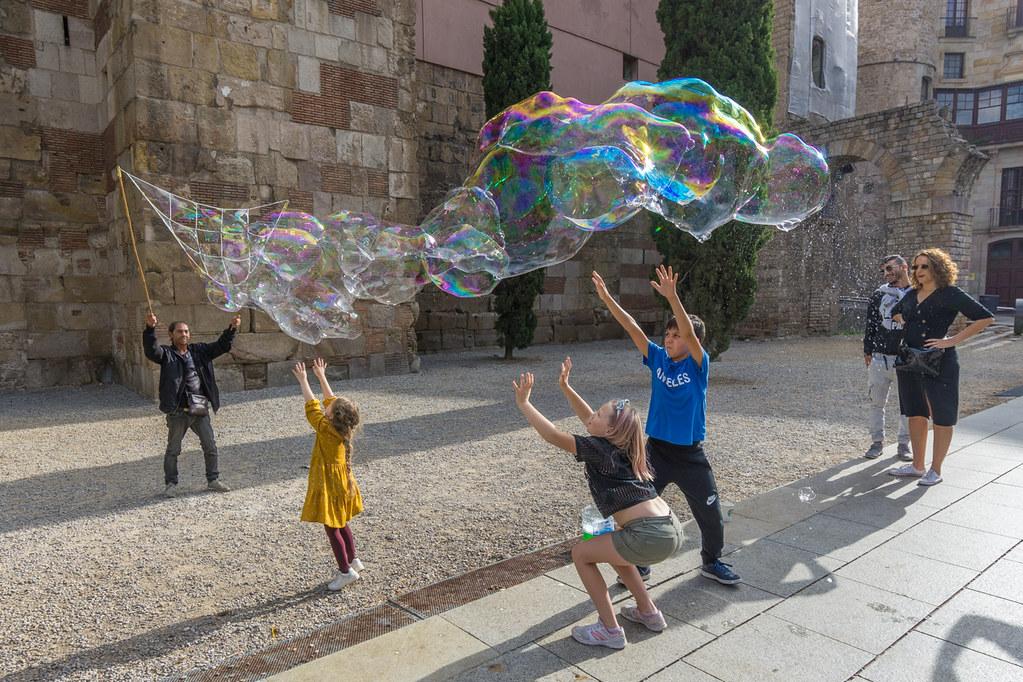 Barcelona niños y espuma