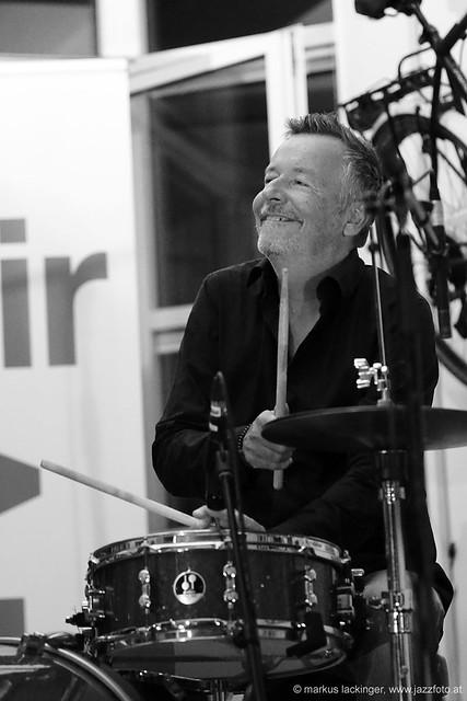 Alex Deutsch: drums