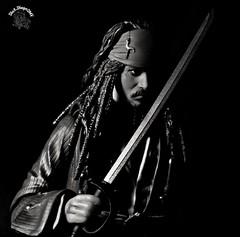 Melhor ser pirata, do que marinheiro... Better to be a pirate than a sailor ... #pirate #Bandai #shfiguarts #Captain #ActionFigure #collection #coleção #jacksparrow #captainjacksparrow #pirateslife #piratesofthecaribbean #Disney #crossover #jhonnydepp #be