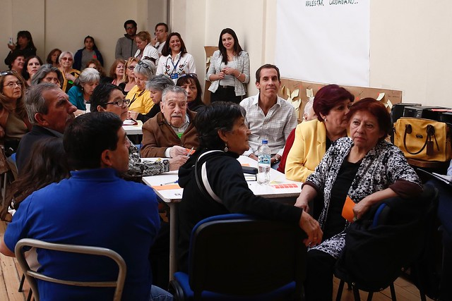 #EnTerreno : Conversatorio en el Centro del Adulto Mayor