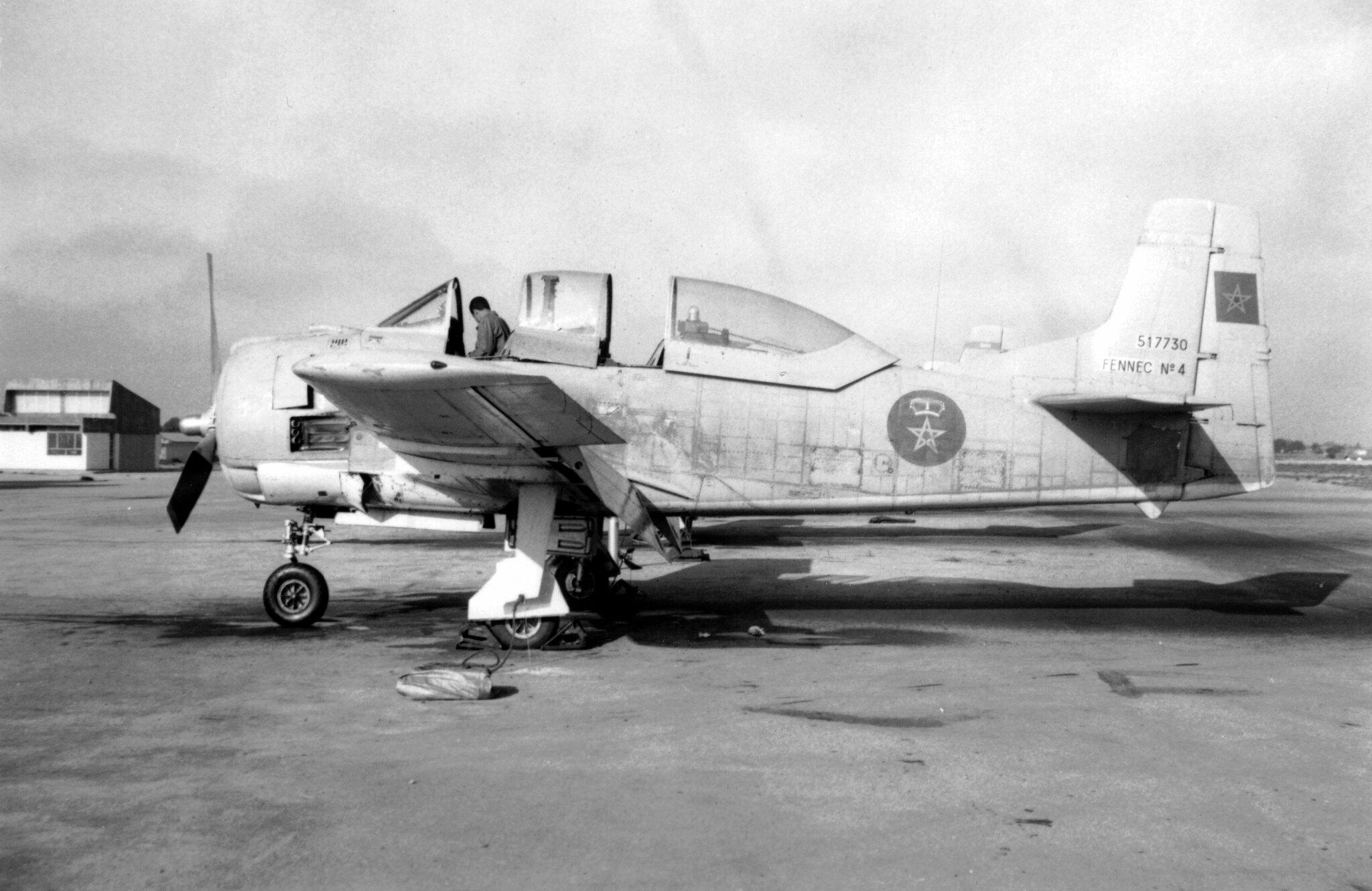 FRA: Photos anciens avions des FRA - Page 13 49014572481_36957dd286_k