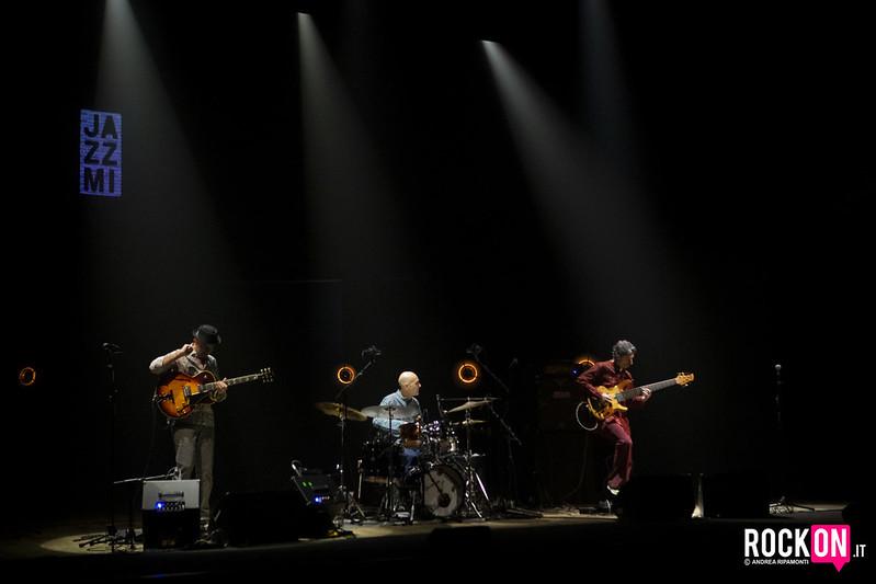 Trio Bobo e Varijashree Venugopal