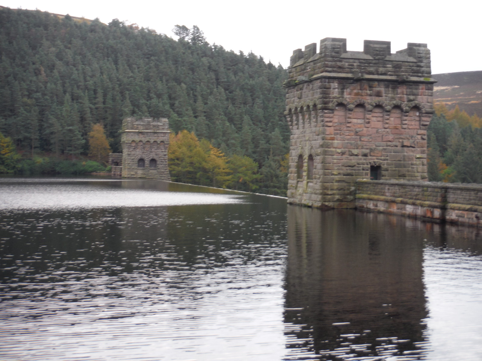 Howden Dam and Towers SWC Walk 350 - Fairholmes Circular (via Bleaklow and Derwent Head) [Grinah Stones and Westend Valley Ending]