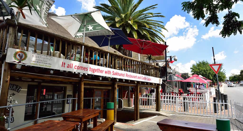 Restaurants in Soweto, Vilakazi Street | Mooistestedentrips.nl