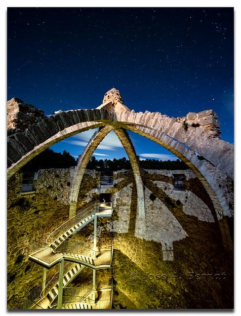 Infraestructuras del pasado. Cava Gran o Cava Arquejada. Parque natural de la Sierra Mariola.