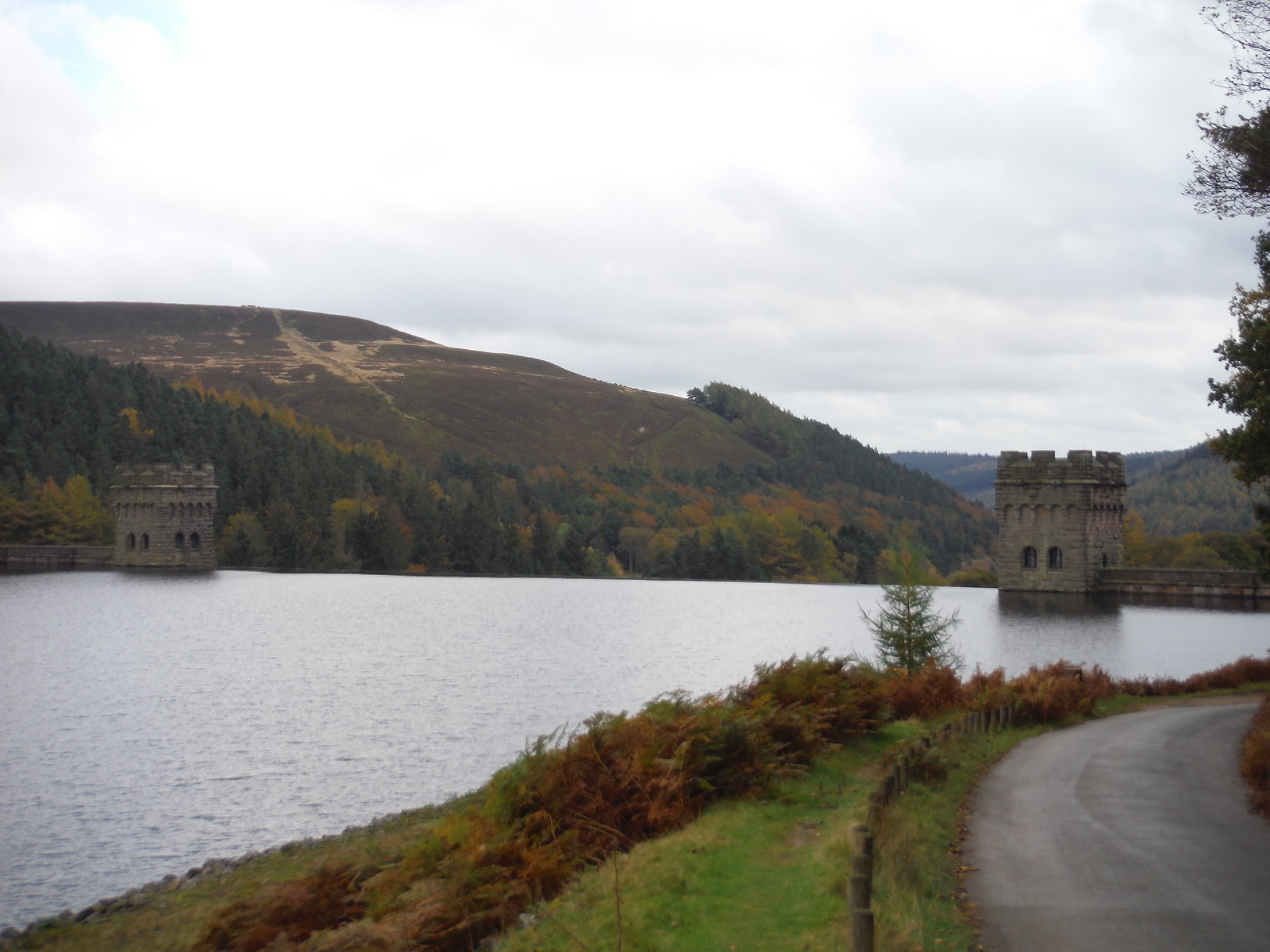 Howden Dam and Abbey Bank SWC Walk 350 - Fairholmes Circular (via Bleaklow and Derwent Head) [Grinah Stones and Westend Valley Ending]