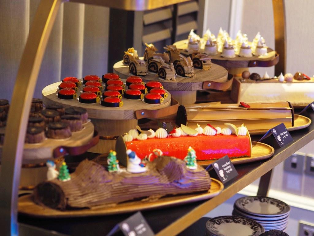 logcakes all