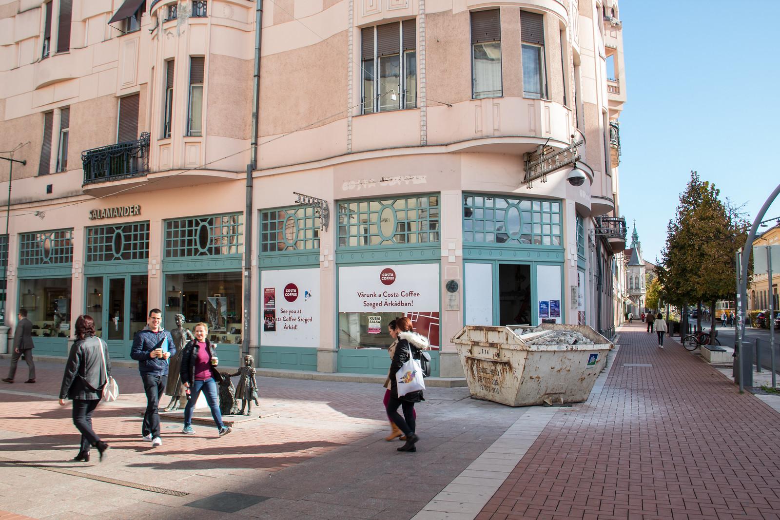 A Kárász utcán is éttermet nyit a KFC?