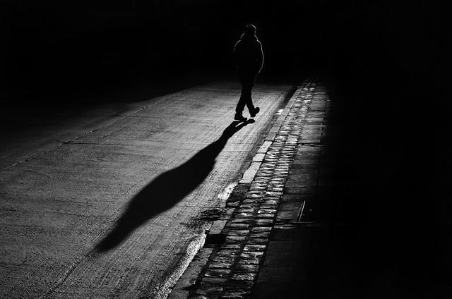 Hacia La Oscuridad