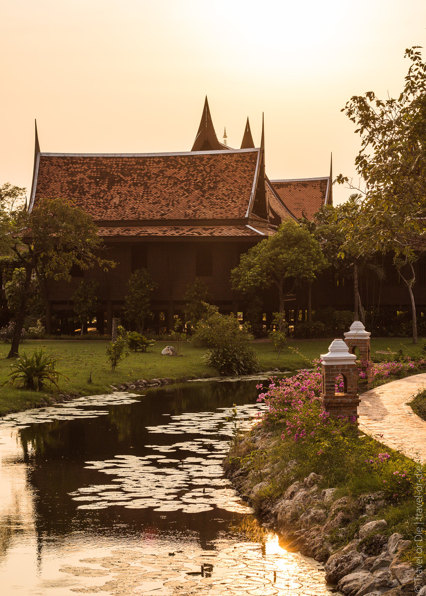 Ancient-City-Muang-Boran-Bangkok-1071