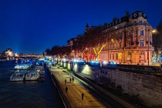 Paris-quai-de-Seine