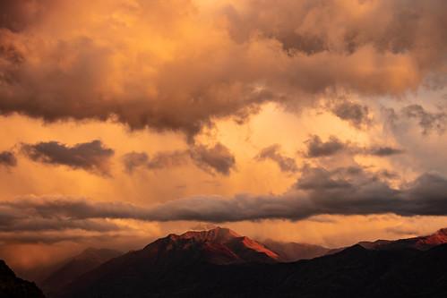 ticino tessin camoghè monte svizzera gordola schweiz switzerland sunset crepuscolo twilight clouds nuvole