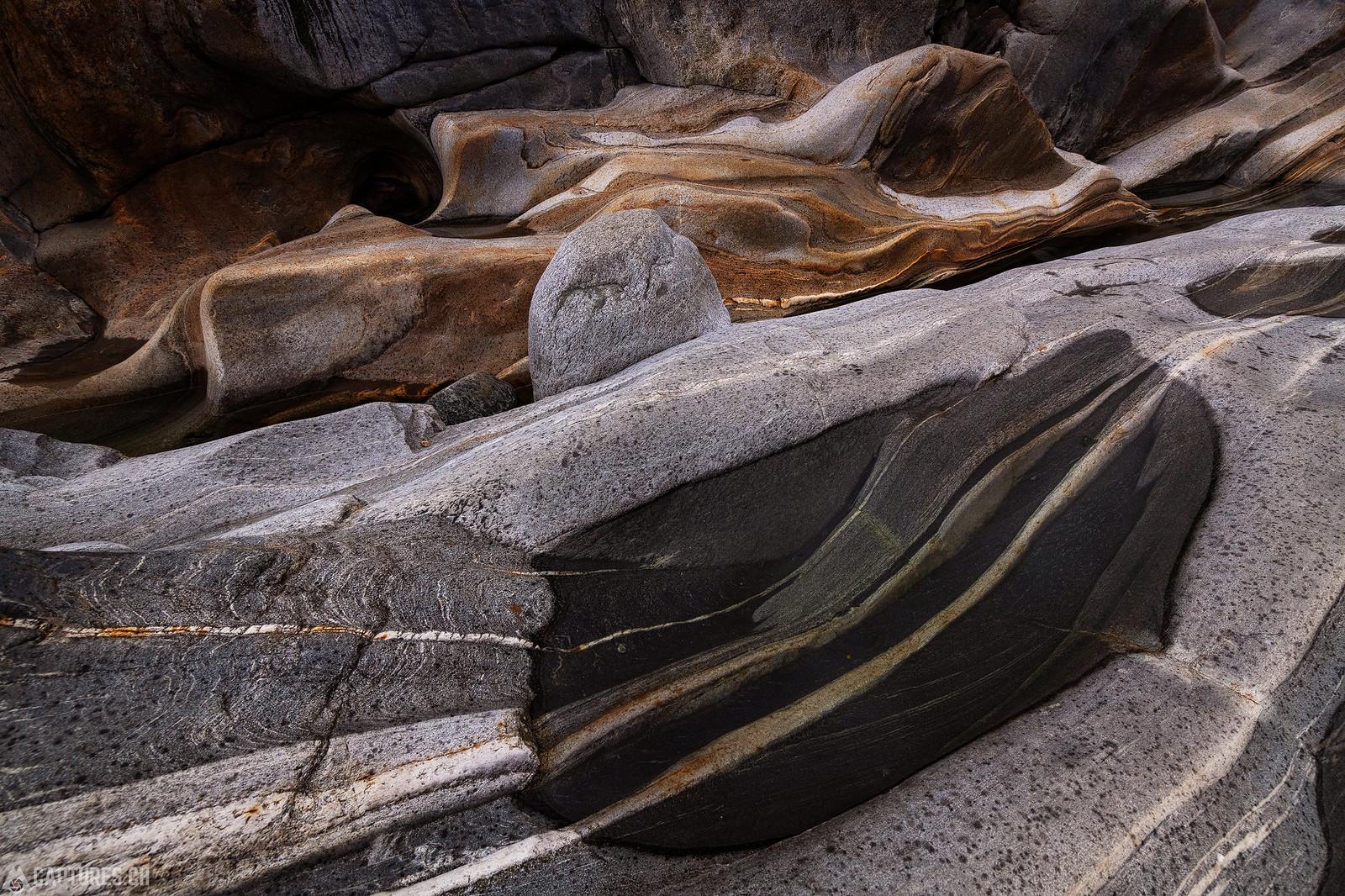 Stones - Lavertezzo