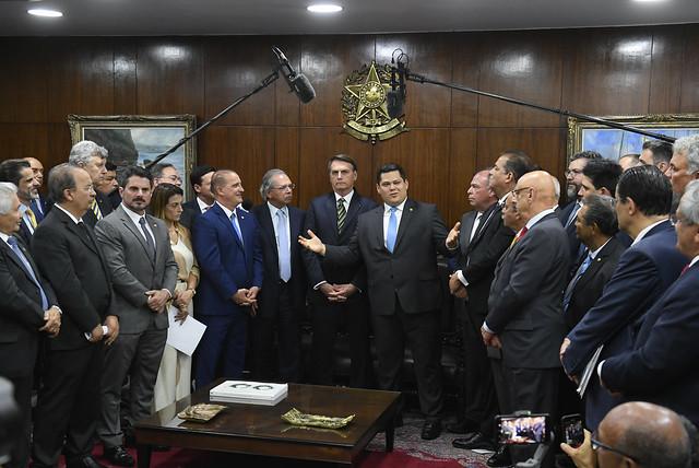 05/11/2019 Entrega Medidas Econômica Senado Federal