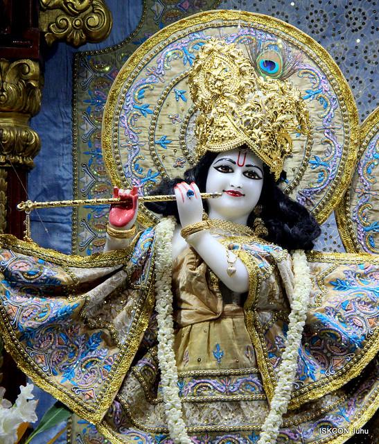 ISKCON Juhu Mangal Deity Darshan on 6th Nov 2019