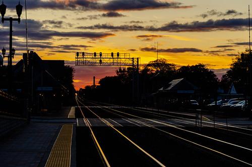metra westernsptings passengerrail sunset